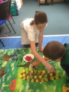 Painting coloured dots